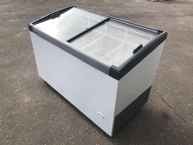 Аренда холодильного ларя Caravell 416 NEW, режим +5...-5 градуса